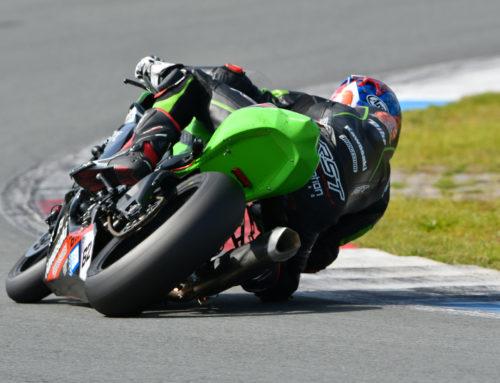 Vasco van der Valk vierde tijdens Dutch Superbike race in Assen